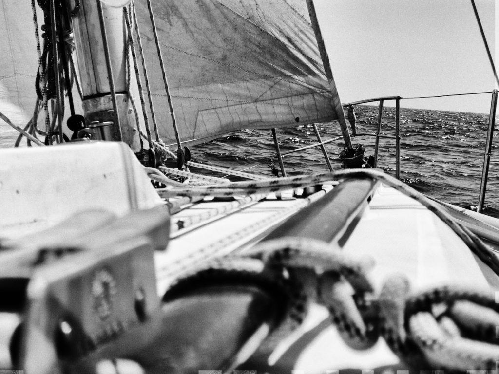Grégal, Contention 33 en navigation