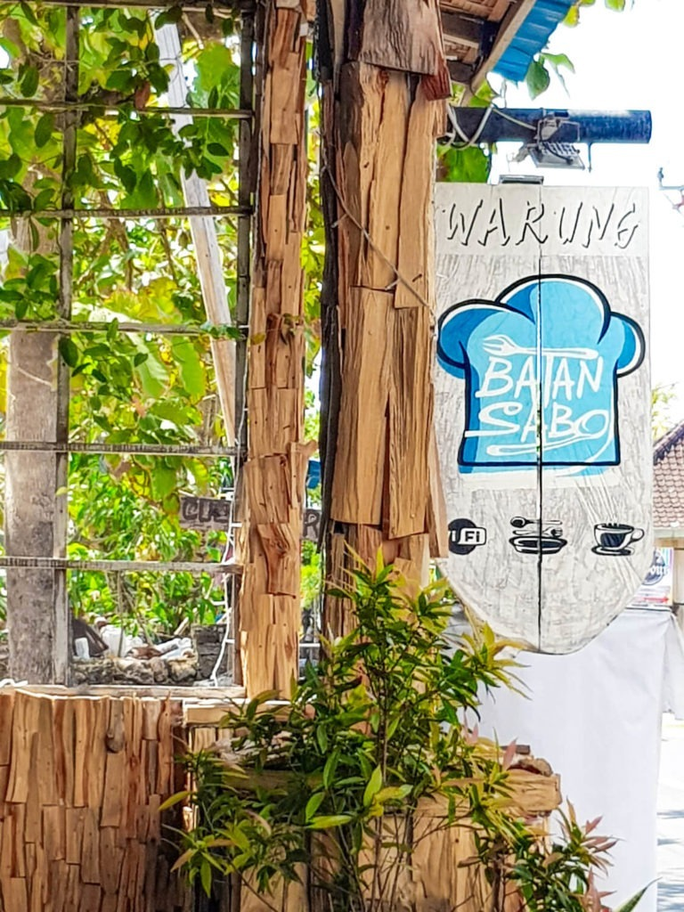 Un Warung, sorte de bar local, sur l'île de Nusa Penida