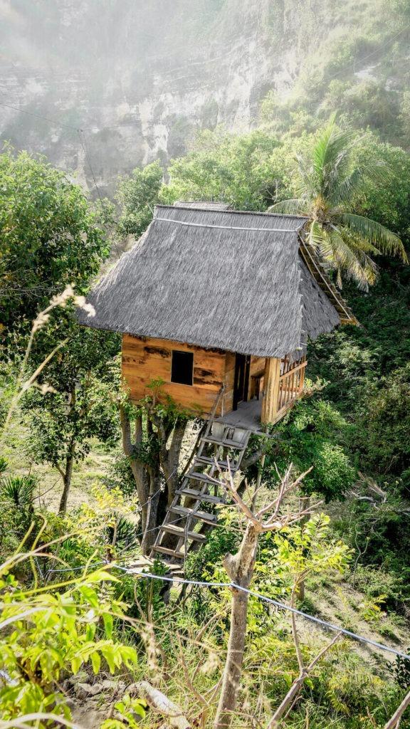 Les cabanes perchées de Rumah Pohon Treehouse, Bali, île de Nusa Penida