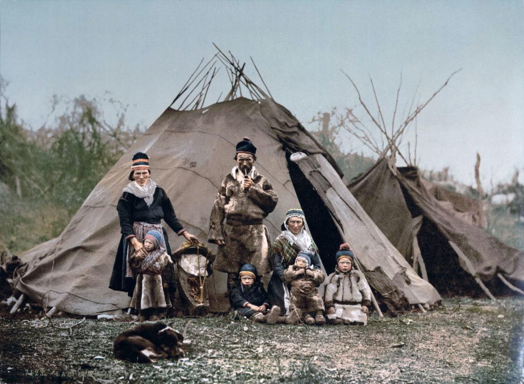 Famille de Samis, peuple autochtone de Laponie
