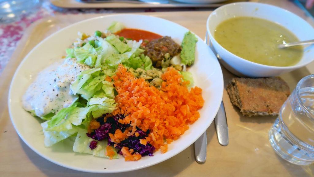 Exemple de lunch finlandais au restaurant Karpalo