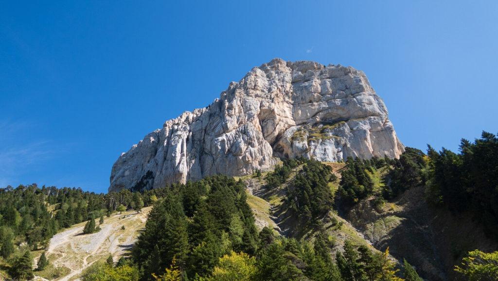 Le Mont Aiguille vu depuis le col de l'Aupet